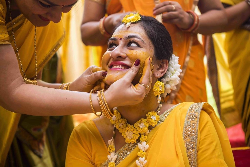 Make Smart Haldi Ceremony Decisions for a Smooth Wedding