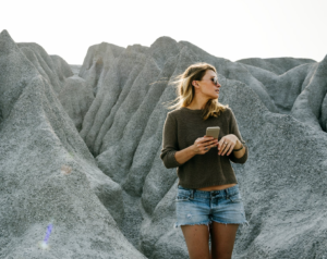 How To Look Cool On Your Next Roadtrip: 10 Outfit Ideas mountains