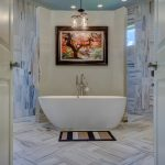 Bathroom Makeover Ideas: Interior Decorating On A Budget