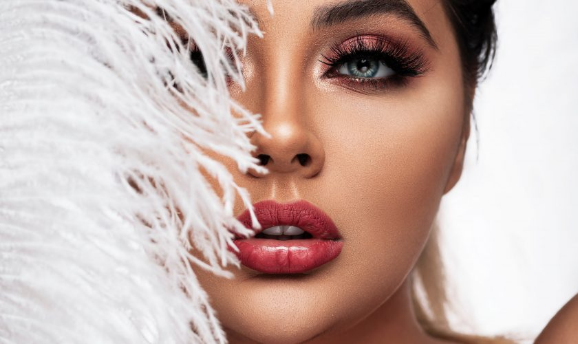 Top 4 eyelash adhesives